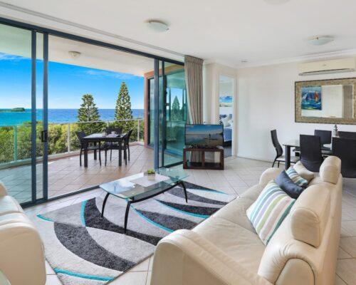 sunshine-coast-2-bedroom-penthouse-22